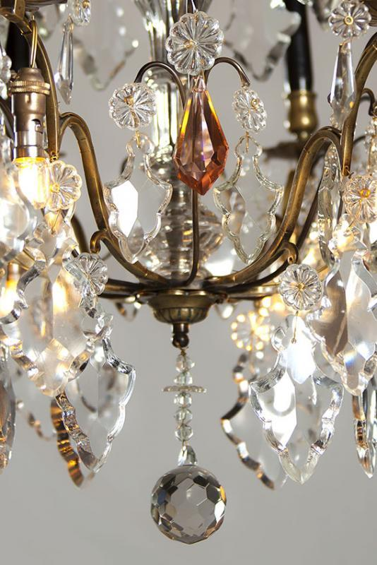 Antiker Kerzen Kronleuchter mit LED Beleuchtung