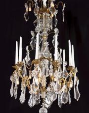 Antieke neo gotische kroonluchter
